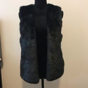 Club Monaco Green Faux Fur Vest S Small